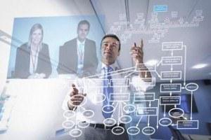 Умение не тушеваться во время видео-конференций пригодится в бизнесе